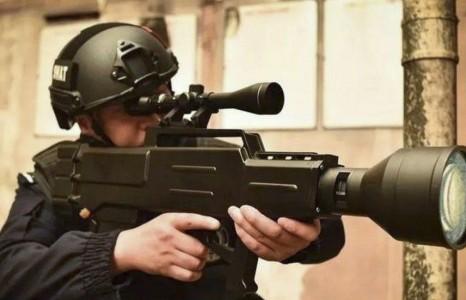 """Хятадын эрдэмтэд """"лазерын АК-47"""" бууг зохион бүтээжээ"""
