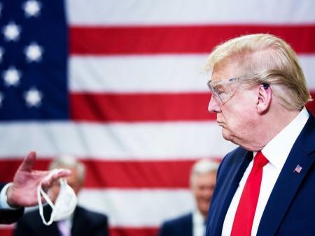 News paparazzi: Трампыг амны хаалт зүүхийг уриалав