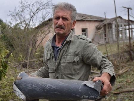 News paparazzi: Уулын Карабахт Армени-Азербайжаны тулаан өргөжлөө