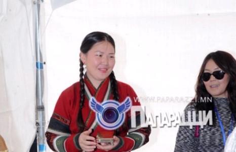 """С.Жавхлангийн гэргий """"Монголоороо"""" төв нээлээ"""